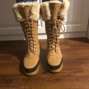 Ralph Lauren fur lace up nubuck snow boots